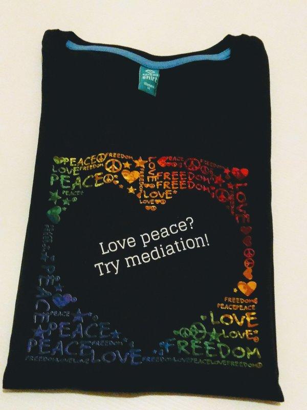 "Biobaumwoll T-Shirt ""Love Peace..."" blau"